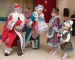 Незабываемые эмоции и исполнение желаний подарили детям Новонежино и Анисимовки женсовет поселения и благотворительный фонд «Счастливые дети»